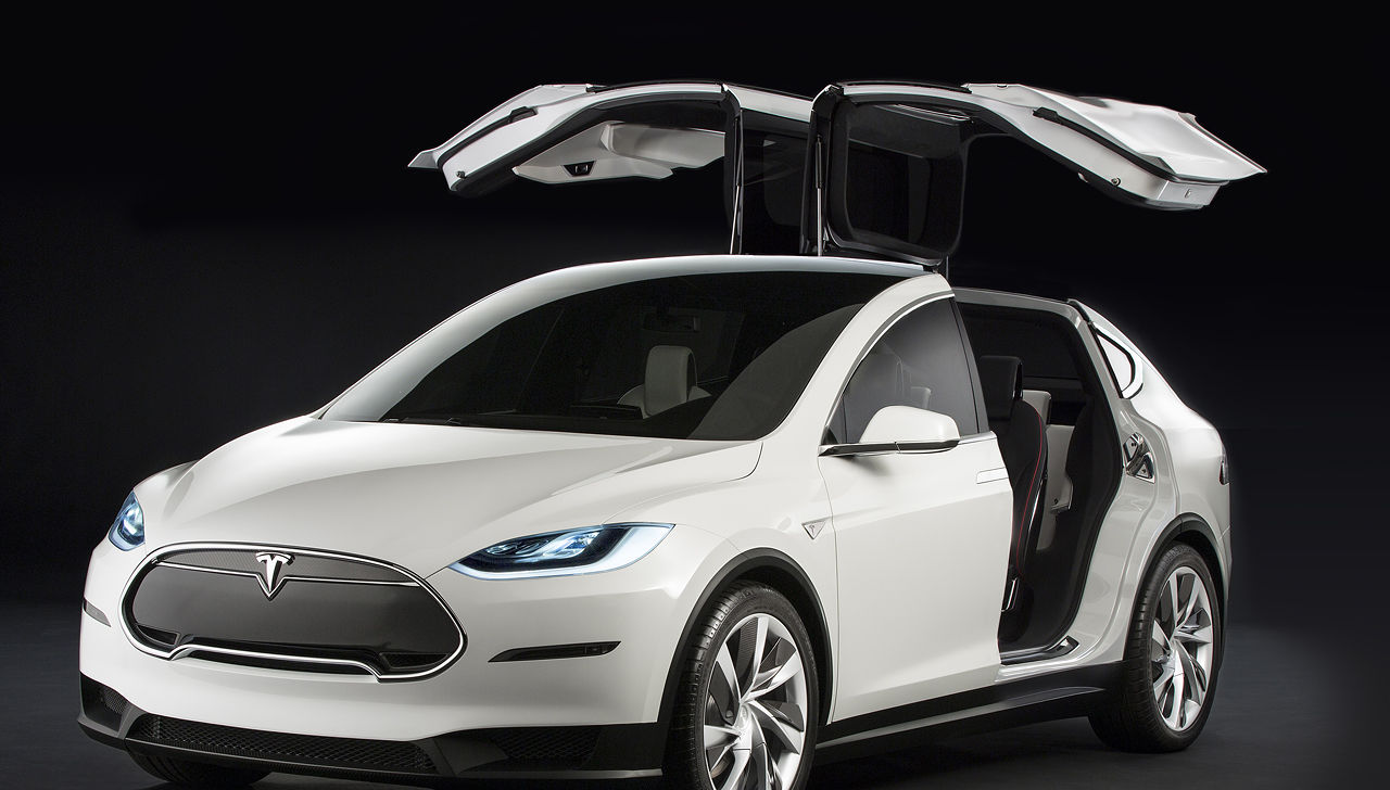 Tesla Model X! Primul SUV electric din lume.
