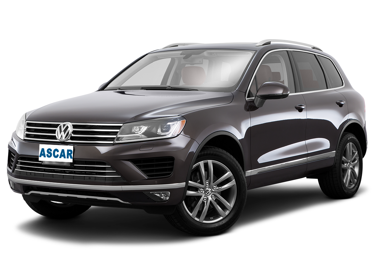 VW Touareg (or similar)
